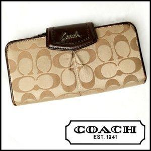 Coach Signature Large Bi Fold Button Snap Wallet